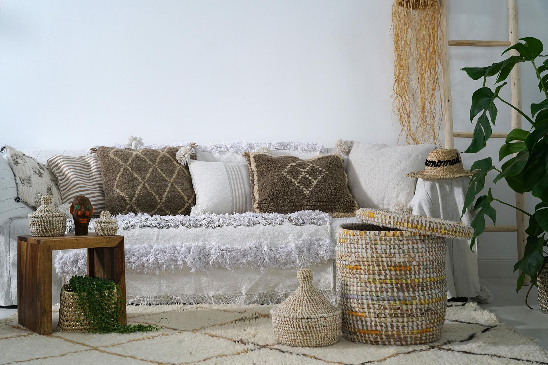 housse de coussin berb re en laine deconomad. Black Bedroom Furniture Sets. Home Design Ideas